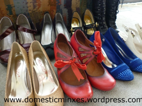 09-03-2012 Shoes Header dm